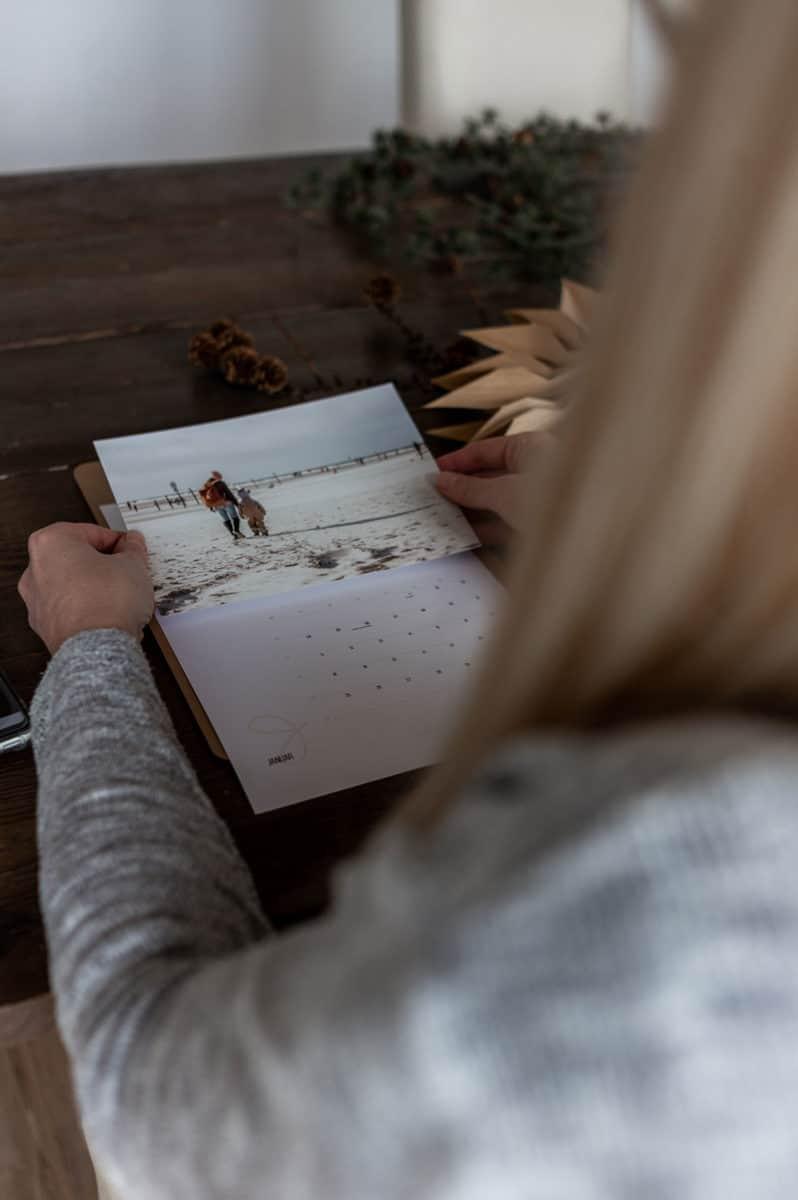 Weihnachtsgeschenk basteln - Fotokalender 2021 kostenlos ausdrucken