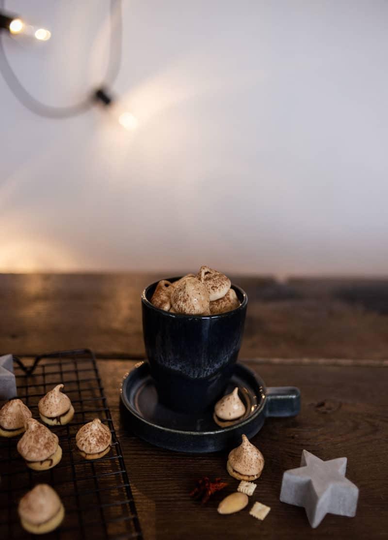 Himmliches Rezept - Gefüllte Mürbeteig-Tropfen mit luftigem Baiser