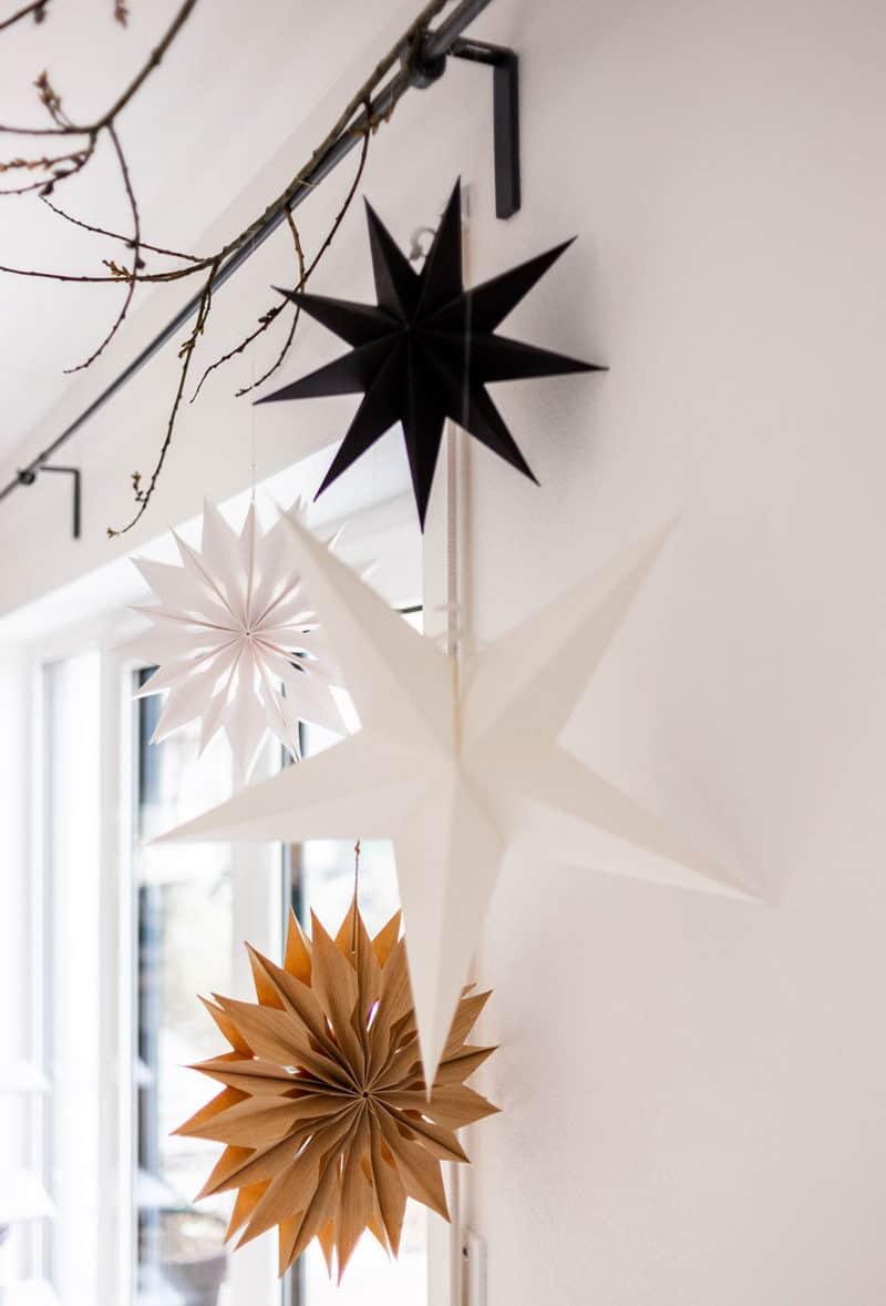 Sterne aus Papier und Holz von House Doctor und Rossmann
