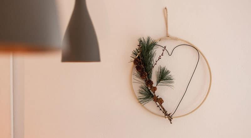 Weihnachtsdeko im Stickrahmen