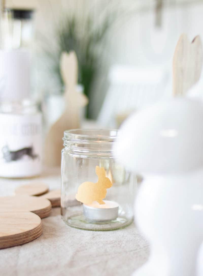 Tischdeko für Ostern selber basteln - einfache Windlichter