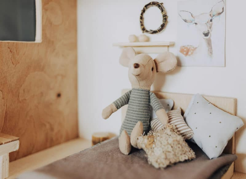 Puppenhaus für die Maileg Maus bauen - Anleitung mit Bauplan