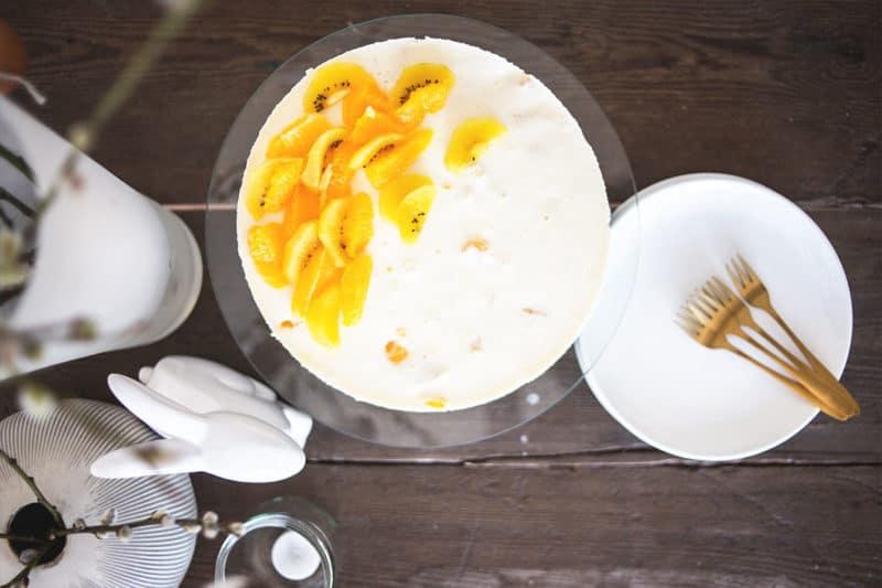 Zubereitung der luftig-leichten Joghurt-Orangen-Torte