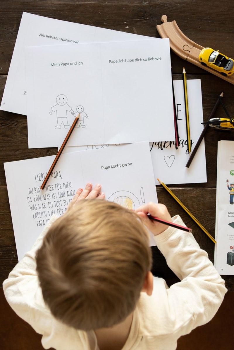 DIY Geschenk zum Vatertag basteln - Papa und Kind Buch