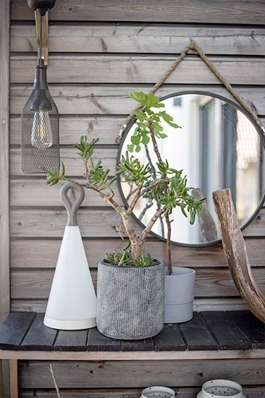 Spiegle im Garten -  unser Gartenzimmer für das Outdoor Living