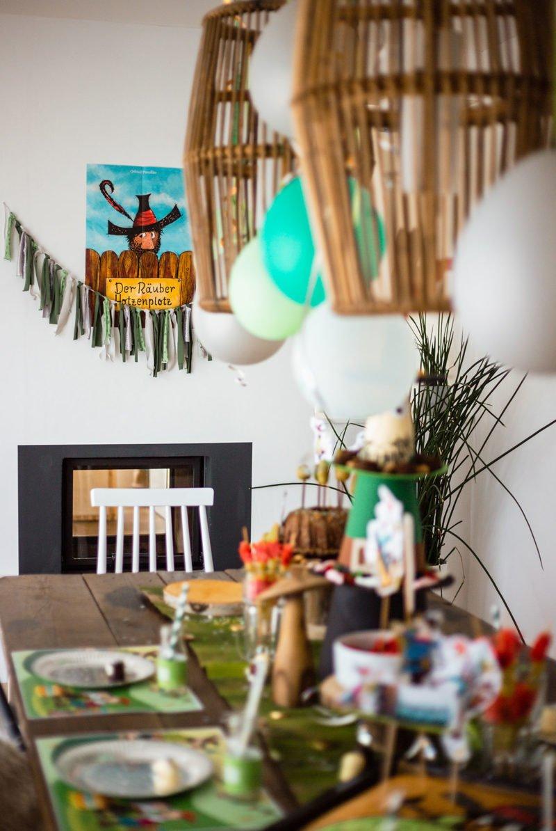 Girlande aus Stoff - Tisch- und Partydeko für den Kindergeburtstag